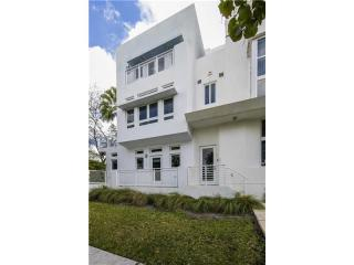 6205 Laguna Path North, Miami Beach FL
