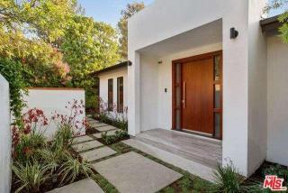 912 North Kenter Avenue, Los Angeles CA