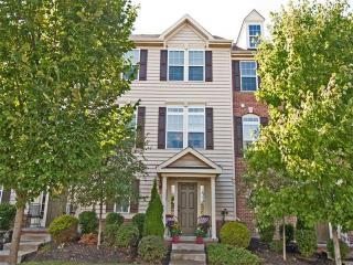 210 Hounslow Road, Cranberry Township PA