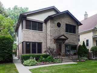 6942 North Olcott Avenue, Chicago IL