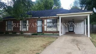 5040 Golden Oaks Dr, Memphis, TN 38118
