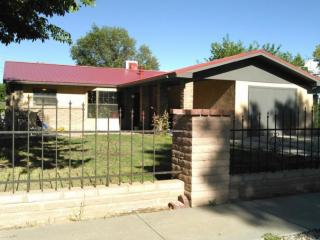211 Rosedale Cir, Belen, NM 87002