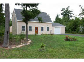 35 Collins Circle, Rochester NH