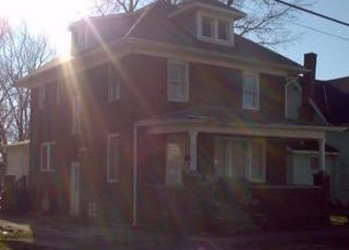 549 E State St, Huntington, IN 46750
