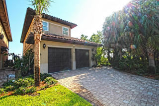 489 Soundview Court, Mary Esther FL