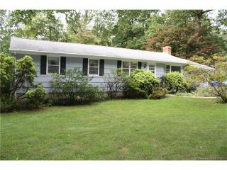 1 Parkwood Drive, Gales Ferry CT
