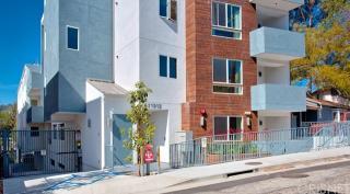 11912 Laurelwood Drive #201, Studio City CA
