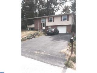 435 Longfellow Drive, Lancaster PA