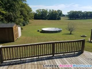 107 Harsh Ln, Castalian Springs, TN 37031