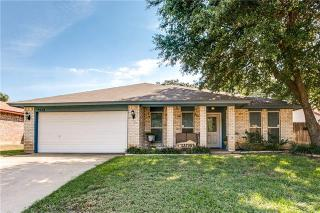 2938 Beachtree Lane, Bedford TX