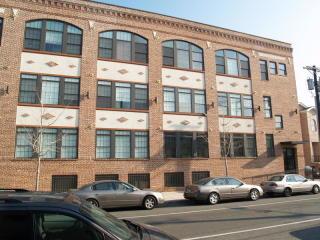88 Saint Francis Street #1-B, Newark NJ