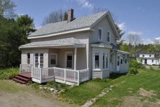 194 Swan Lake Ave, Belfast, ME 04915