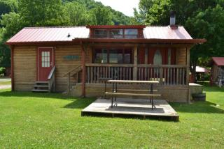 72 Crider Cir #4 AVAILABLE, Maggie Valley, NC 28751