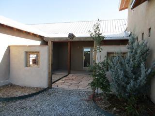 48 Upper Las Colonias Road, Taos NM