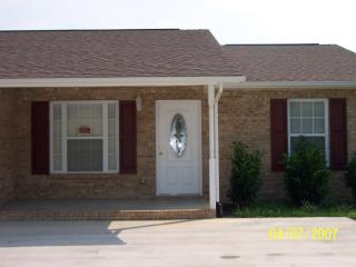 916 Water St #1, Dandridge, TN 37725
