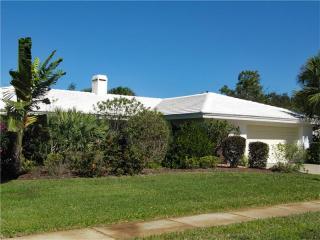 2737 Cardwell Way, Sarasota FL