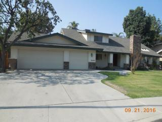 6407 Brooklawn Way, Bakersfield, CA 93309
