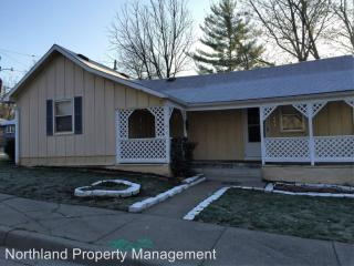 441 N Grover St, Liberty, MO 64068