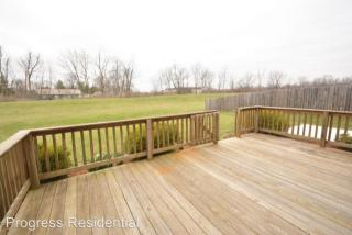 9783 Trail Dr, Avon, IN 46123