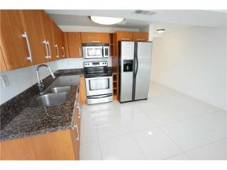 6362 Collins Ave #5, Miami Beach, FL 33141