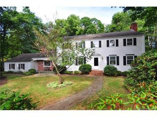42 Old Wood Road, Avon CT