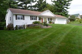 1628 Old English Road, Altoona WI