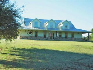 2289 Green Meadows Drive, Glen Rose TX