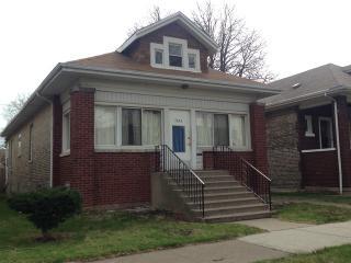 7643 South Ridgeland Avenue, Chicago IL