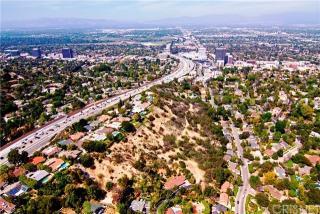 4050 Deerhorn Drive, Sherman Oaks CA