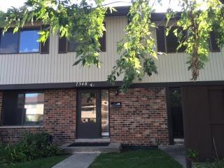 7348 Winthrop Way #4, Downers Grove, IL 60516