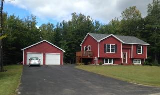2 Howard Cir, Sidney, ME 04330
