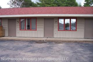 8741 Packing Plant Rd, Minocqua, WI 54548