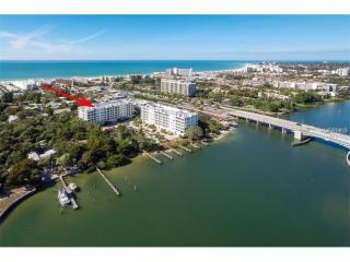 1308 Old Stickney Point Road #W24, Sarasota FL