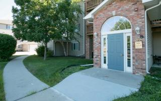 2824 Triple Crown Ln #5, Iowa City, IA 52240