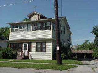 1217 High Ave, Oshkosh, WI 54901
