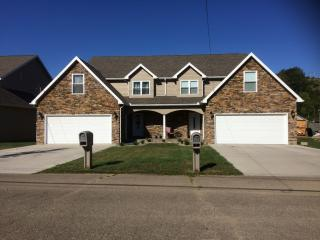 1005 Florence St, Belpre, OH 45714