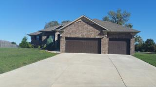 1019 S Ball Ct, Webb City, MO 64870