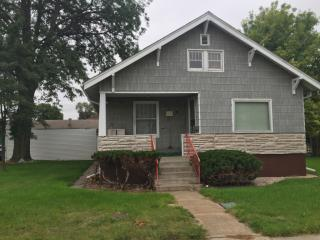 520 E B St, North Platte, NE 69101