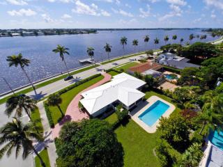 2405 South Flagler Drive, West Palm Beach FL