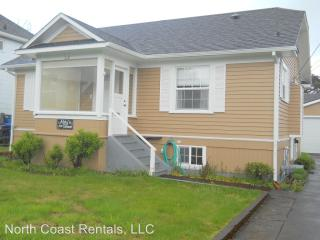 310 10th Ave, Seaside, OR 97138