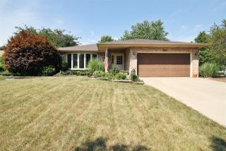 101 Yale Court, Shorewood IL