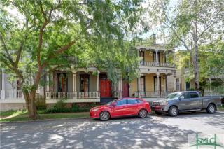 209 West Waldburg Street, Savannah GA