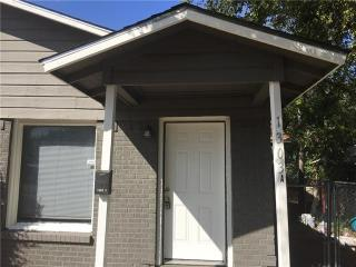1303 E Myrtle St, Fort Worth, TX 76104
