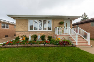 4325 North Osceola Avenue, Norridge IL