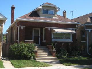 3815 Grove Avenue, Berwyn IL