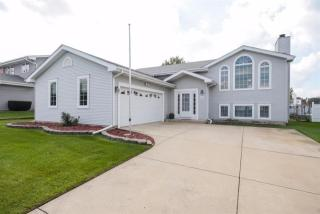 3140 Burge Drive, Crown Point IN