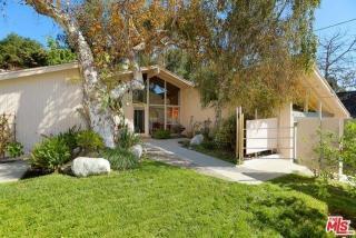848 Bienveneda Avenue, Pacific Palisades CA