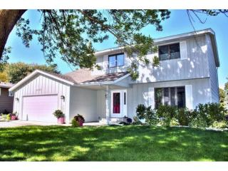 9869 208th Street West, Lakeville MN