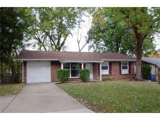 1045 Dawn Valley Drive, Maryland Heights MO