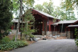 4801 Hewitts Point Rd, Oconomowoc, WI 53066